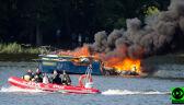 Jacht w ogniu. Trwa akcja służb