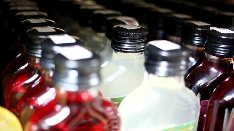 Podwyżka akcyzy na alkohol  i papierosy. Sejmowa komisja za rządowym projektem