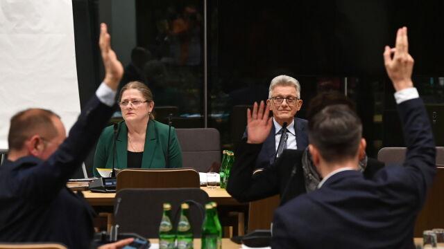 Pawłowicz odpowiadała, Piotrowicz - nie. Oburzenie opozycji i pozytywne rekomendacje kandydatów