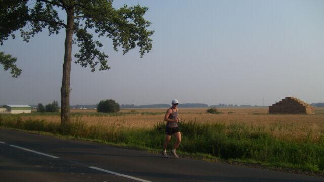 Przebiegnie 444 kilometry w 7 dni