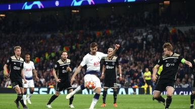 Tottenham bezradny bez supersnajperów. Dominacja gości z Amsterdamu