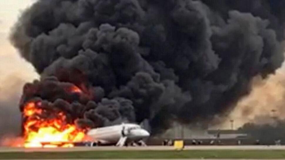 Samolot w ogniu. Zginęło 41 osób