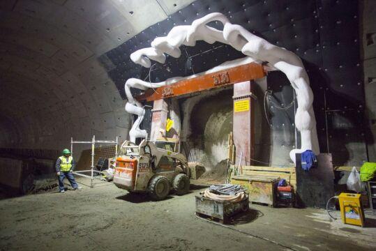 Budowa przejścia między tunelami pod Martwą Wisłą