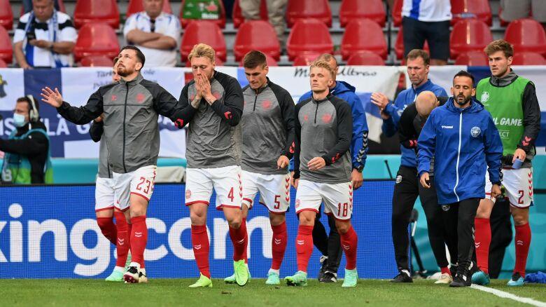 Dokończenie meczu nie było życzeniem Duńczyków. UEFA groziła walkowerem