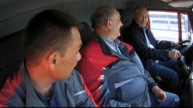 Putin za kierownicą. Most na Krym otwarty