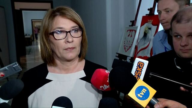 Mazurek: nagród nie przekazały osoby, których już w polityce nie ma
