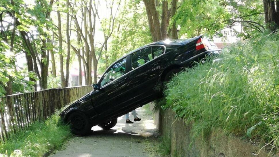 Zostawiła samochód na tak zwanym luzie