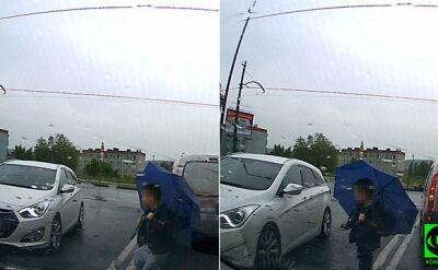 Dziecko wbiega w auto w Rudzie Śląskiej