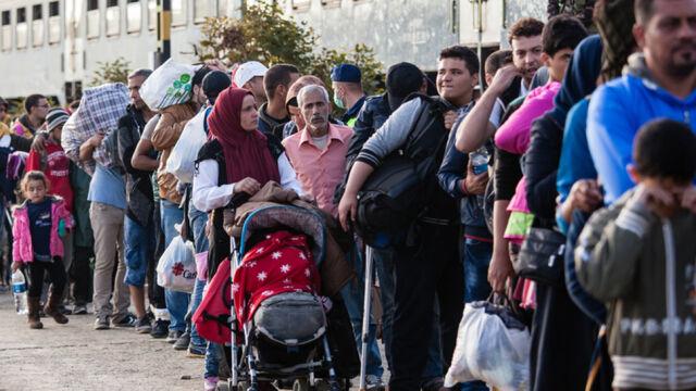 Jeden uchodźca na milion Polaków. Tylu przyjęliśmy w tym roku