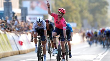 Kwiatkowski z podium Tour de Pologne. Pasjonująca końcówka wyścigu