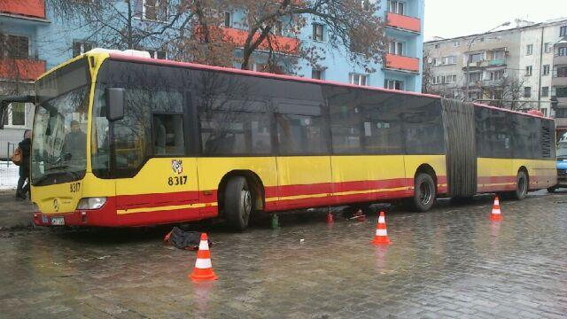 Autobus przygniótł mechanika MPK