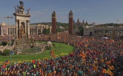 Tłumy podczas wrześniowego święta Katalonii w Barcelonie. Dominowali zwolennicy oderwania się Katalonii od Hiszpanii