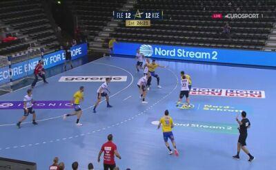 Najlepsze akcje pierwszej połowy meczu Flensburg-Handewitt - Łomża Vive Kielce
