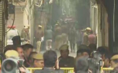 Kilkadziesiąt ofiar pożaru fabryki w Delhi