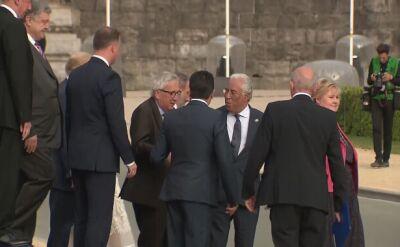 Juncker na szczycie NATO. Pomagali mu przywódcy