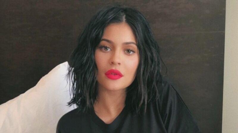 Kylie Jenner powiększyła sobie usta