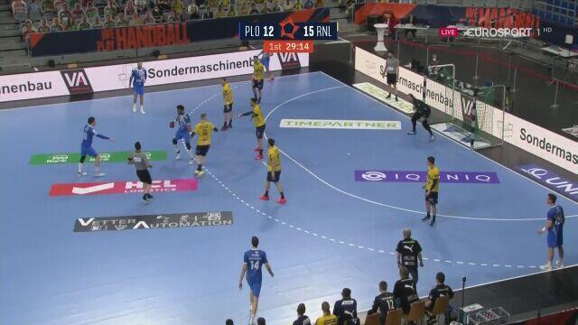 Końcówka pierwszej połowy meczu o 3. miejsce w Lidze Europejskiej Rhein Neckar Loewen - Wisła Płock
