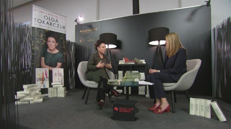 Olga Tokarczuk rozmawiała z Katarzyną Kolendą-Zaleską. Cała rozmowa