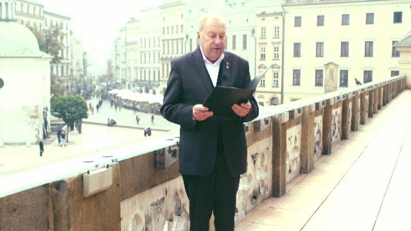 Życzenia dla Polski. Jerzy Stuhr czyta życzenia od Bartosza Sawickiego