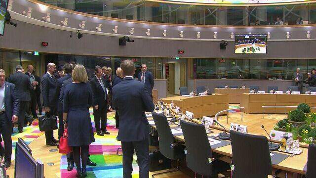 Na sali zbierają się unijni przywódcy