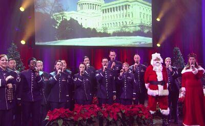 """Polska wersja """"Jingle Bells"""" w wykonaniu Singing Sergeants"""