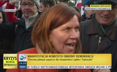 Demonstrująca: przed laty nosiłam opaskę Solidarności i dziś musimy robić to samo