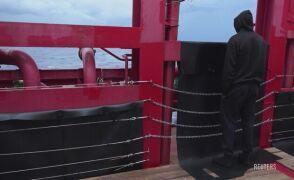 Statek z ponad setką migrantów zacumuje na Sycylii