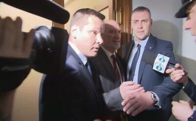 Macierewicz nie skomentował konferencji prokuratury