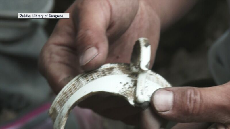 W Poznaniu odkryto fragment filiżanki z serwisu wykonanego dla Adolfa Hitlera
