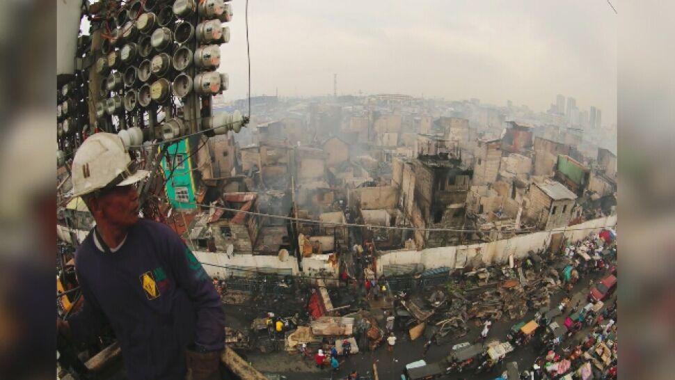 Ogień zmiótł jedną z najbiedniejszych dzielnic. 15 tys. ludzi bez dachu nad głową