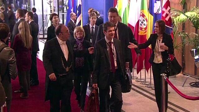 """""""Bezprecedensowy"""" szczyt 15 obrońców budżetu UE"""