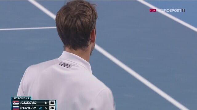 Pierwszy set finału Australian Open dla Djokovicia