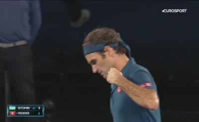 Skrót meczu Federer - Istomin w 1. rundzie Australian Open