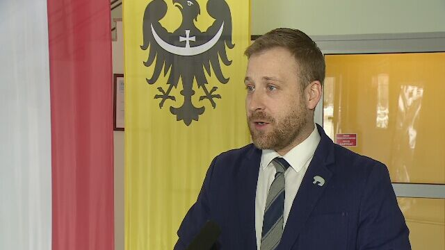 Bajeczne zarobki dyrektora Opery Wrocławskiej. Zarząd chce go odwołać, wojewoda wstrzymuje decyzję