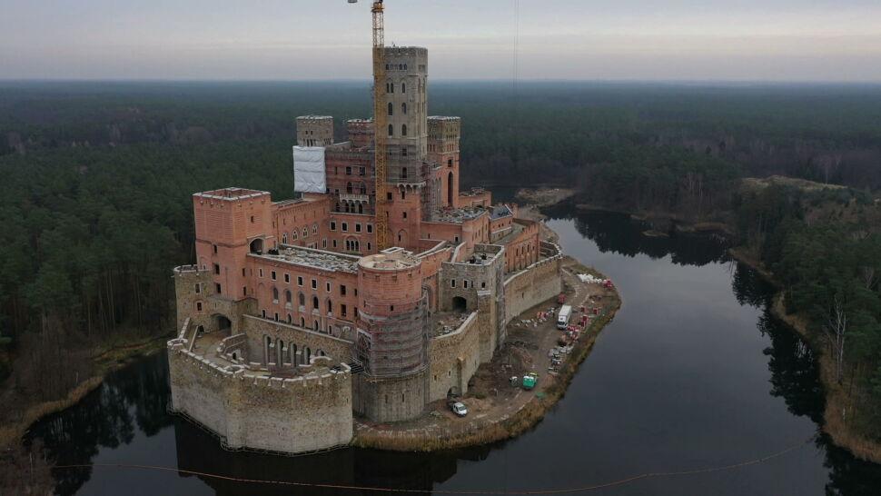 Jest decyzja wojewody w sprawie zamku w Puszczy Noteckiej