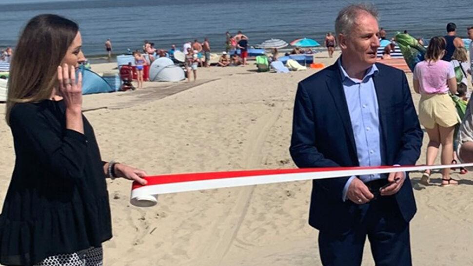 """Uroczyste otwarcie wejścia na plażę. """"To było spontaniczne"""""""