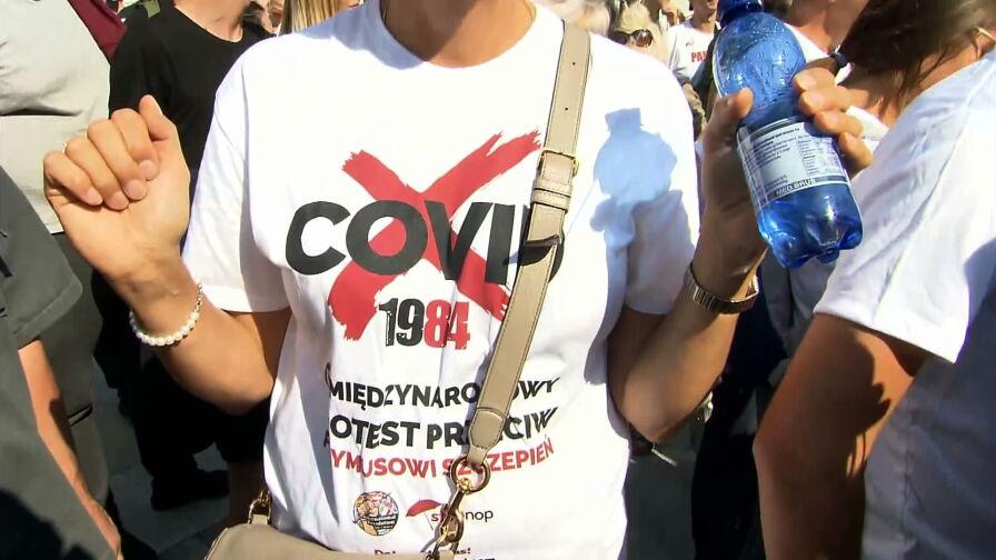 Marsz antyszczepionkowców w Warszawie