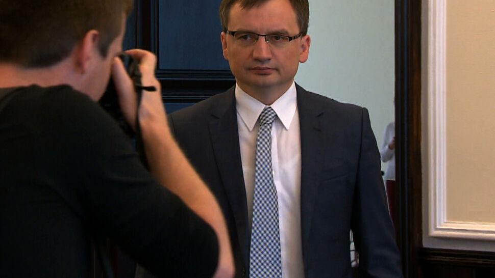 """Sejm uchwalił """"piątkę dla zwierząt"""". Kryzys w Zjednoczonej Prawicy"""