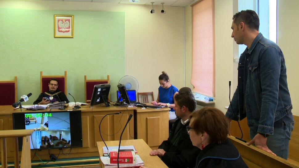 Relacjonował wycinkę w Puszczy, stanął przed sądem. Dziennikarz TVN24 uniewinniony