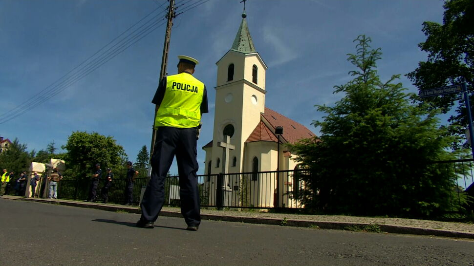 Ksiądz z Ruszowa podejrzany o pedofilię. Część mieszkańców zbiera na adwokata, aktywiści wspierają ofiary