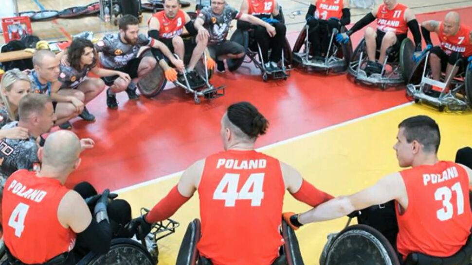 """Niepełnosprawni lecą na mistrzostwa rugby. Pomogła fundacja Anny Dymnej i widzowie """"Faktów"""""""