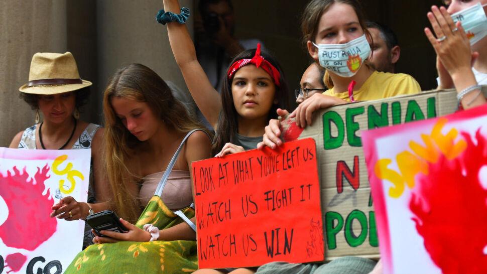 Australijski rząd nie chce zmieniać polityki węglowej. Obywatele wyszli na ulice