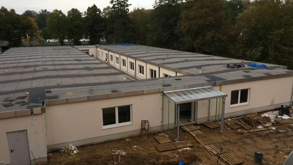 W Bolesławcu powstaje innowacyjny szpital dla chorych na COVID-19