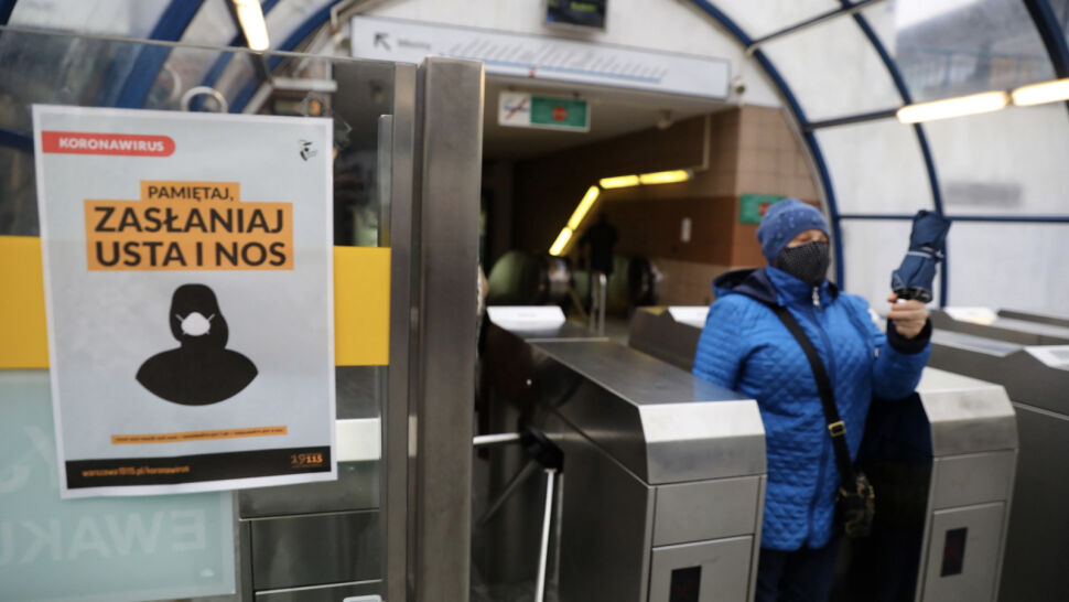 Potwierdzono 9622 nowe zakażenia koronawirusem w Polsce