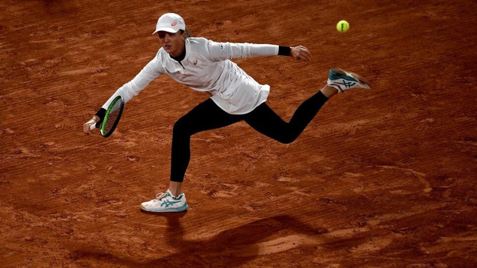"""Iga Świątek w półfinale French Open. """"Gra fantastyczny tenis"""""""