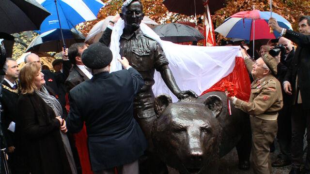 Legendarny niedźwiedź Armii Andersa ma pomnik w Edynburgu
