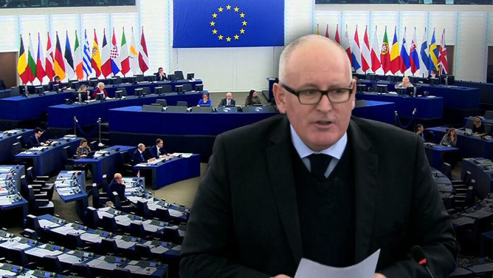 Kolejna debata o Polsce w PE. Wiceszef KE apeluje do rządu i prezydenta