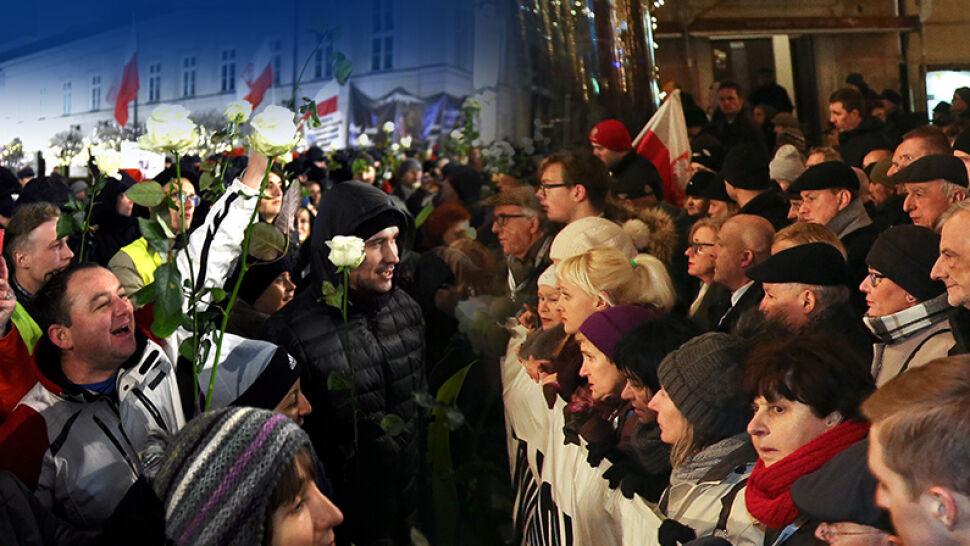 Tuzin różnych demonstracji w 35. rocznicę stanu wojennego. Czy 13 grudnia będzie spokojnym dniem?