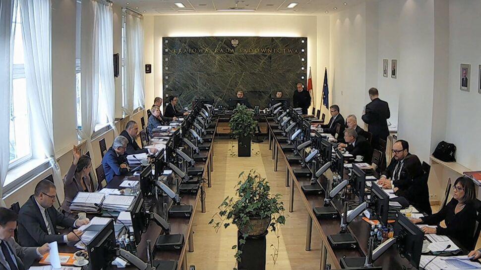 Kancelaria Sejmu po dwóch latach ujawniła listy poparcia do KRS