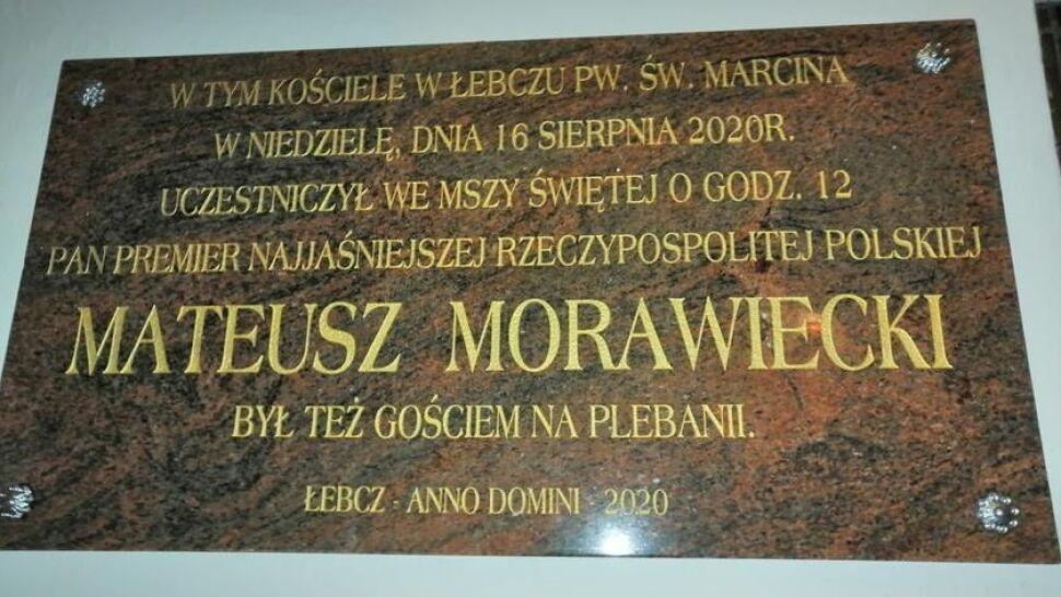Kaszubska parafia uczciła tablicą wizytę premiera